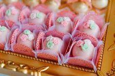 Resultado de imagem para doce festa rosa e dourado