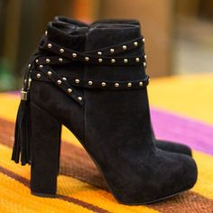 Black Friday Special! Save an extra 30% on these hot booties by Jessica Simpson: