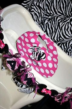 Minnie Mouse zebra Birthday Party Cutlery Bowl Container Party
