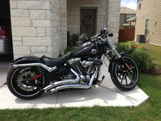 2013 Harley Breakout with big radius exhaust! :)
