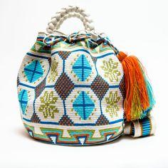Hermosa Wayuu Bag | Limited Edition - Braided Handles – SHOP WAYUU BAGS | Handmade by the Wayuu Tribe Crotchet Bags, Knitted Bags, Tapestry Bag, Tapestry Crochet, Mochila Crochet, Boho Bags, Lion Brand Yarn, Crochet Accessories, Backpack Bags