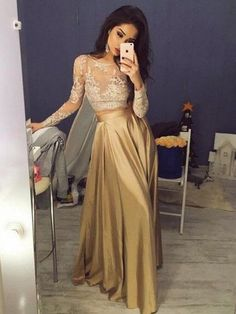 Amazing Gold A-line Satin Scoop Neck Long Sleeves Prom Dress $145.99
