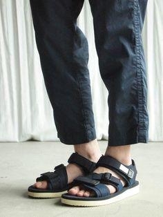SUICOKE Navy Kisee-v Sandals