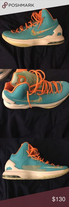 KD Easter 5's Worn 2 times, 9/10 condition Nike Shoes Athletic Shoes