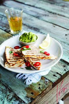 Spicy Chicken & Feta Cheese Quesadillas with Guacamole. #AlidaRyder