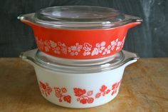 "Vintage #Pyrex Red ""Gooseberry"""