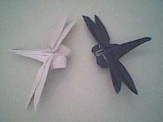 Origami+Dragonfly++•++Free+tutorial+with+pictures+on+how+to+fold+an+origami+animal+in+under+15+minutes