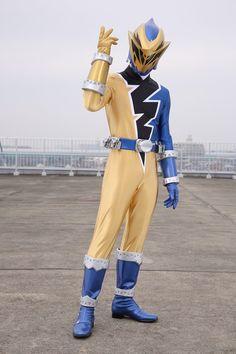 Kamen Rider Wizard, Power Rangers Megaforce, Power Rengers, Power Rangers Dino, Toys Uk, Plot Twist, Drawing Poses, Magical Girl, Powerful Women