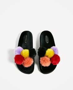 Image 4 of VELVET SANDALS WITH POMPOMS from Zara