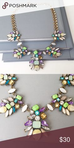 New ArrivalMulticolor Flowers Necklace New!  A vibrant statement piece to enhanced your outfit of the day.  Glass stones, resin, gold plated chain. Jewelry Necklaces
