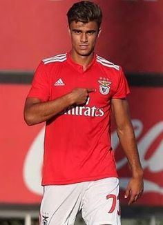 Jota, SL Benfica Benfica Wallpaper, Out Of My Mind, Sports Clubs, My Emotions, Big Love, Heart Attack, True Love, Victorious, Portugal
