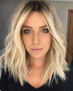Stylish blonde lobs haircut ideas 2