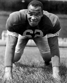 JIm Parker- Offensive Guard/Tackle- (1957-1967)