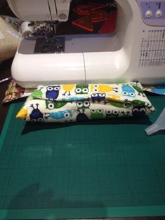 Making a Microwave Heat Bag : 8 Steps (with Pictures) - Instructables Diy Heating Pad, Rice Heating Pads, Microwave Heat Bag, Sewing Hacks, Sewing Projects, Sewing Tips, Heat Warmers, Holiday Crochet, Craft Business