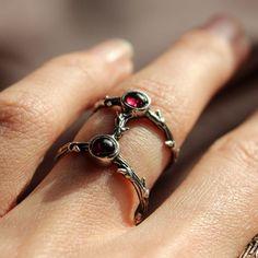 ✧♆✧ Daughter's Of The Night Ring Garnet Ring ✧♆✧ shopdixi.com ✧♆✧ dixi // jewellery // jewelry // boho // bohemian // grunge // goth // dark // mystic // magic // witchy // sterling silver // ring // garnet