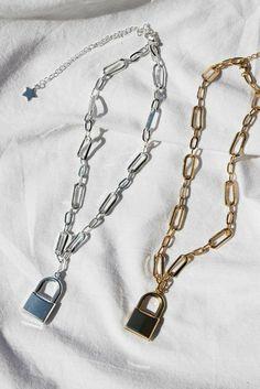 Ear Jewelry, Cute Jewelry, Jewelry Accessories, Fashion Accessories, Fashion Jewelry, Ring Armband, Kleidung Design, Grunge Jewelry, Accesorios Casual