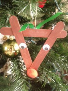 http://hubpages.com/hub/Craft-Ideas-Kids-Homemade-Christmas-Ornaments-With-Craftsticks