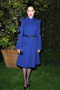 dita.. love the colour of this coat