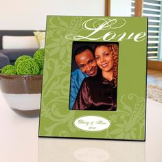 Couple's Frame - Love - Green