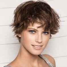 Modèles de coiffure cheveux courts femme