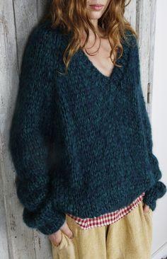 sweatershare: Mes Demoiselles Paris