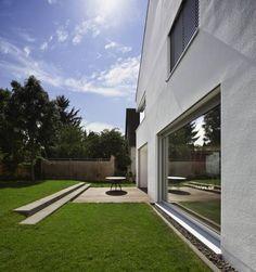 Terrasse: translation missing: de.style.terrasse.modern Terrasse von Marcus Hofbauer Architekt