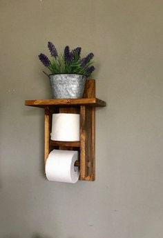 Toilet Paper holder shelf (TP Holder) is s great bathroom decor to bathroom. Give your bathroom a rustic décor with this farmhouse toilet paper holder. This toilet roll holder holds more then one roll of toilet paper. Always have that extra roll handy. Rustic Bathroom Wall Decor, Rustic Bathrooms, Rustic Decor, Farmhouse Decor, Bathroom Ideas, Bathroom Storage, Bathroom Organization, Bath Ideas, Small Bathroom