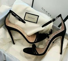 Discover gorgeous designer shoes from one of our favorite brands - GUCCI. Hype Shoes, Gucci Shoes, Designer Shoes Heels, Aesthetic Shoes, Girls Heels, Dream Shoes, Luxury Shoes, Black Heels, Fashion Shoes