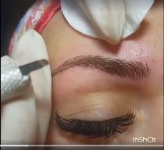 Eyebrow Tatoo - Microblading eyebrows