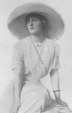 Grand Duchess Marie Pavlovna Romanova of Russia (the younger) in 1912.A♥W