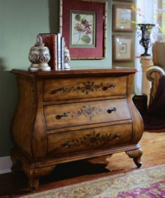 Hand-painted Chestnut Bombay Chest | Overstock.com Shopping - The Best Deals on Coffee, Sofa & End Tables