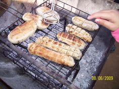 Stickbread - cooked on the braai Best Dishes, Side Dishes, Milk Tart, South African Recipes, Afrikaans, Food For Thought, Hot Dog Buns, Bbq, Food And Drink