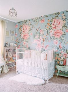 Prepare everything to perfection for your newborn with these trendy nurseries decorations ideas. See more inspirations at www.circu.net