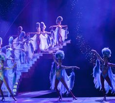 13 Things You Didn't Know About Las Vegas Showgirls