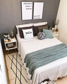 Bedroom decor: 85 ideas and tips to create your dream space - Lilly is Love Room Design Bedroom, Room Ideas Bedroom, Home Bedroom, Bedroom Decor, Dream Home Design, New Room, Decoration, Home Decor, Media Consoles