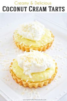 These Coconut Cream Tarts with a Shortbread Cookie Crust are simple to make, and are SO delicious! This recipe makes 6 - 3 inch tarts, or 1 -10 inch tart. Coconut Tart, Coconut Desserts, Mini Desserts, Delicious Desserts, Coconut Cream Dessert, Vegan Desserts, Recipes With Coconut Cream, Coconut Recipes, Cream Recipes