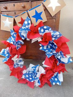 holiday wreath made with napkins