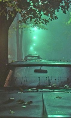 Sixpenceee Aesthetic — In between fog and rain. Via Riri Khoury Urban Photography, Night Photography, Street Photography, Creative Photography, Photography Ideas, Neon Licht, Neon Noir, Photographie Portrait Inspiration, And So It Begins