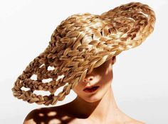 Amazing avant garde hair