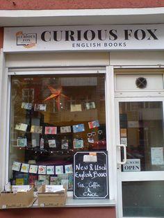 English books in Berlin Neukölln. Curious Fox, Flughafenstr. 22, 12053 Berlin. Bookshop, Berlin, Shopfront.