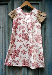 Image of Girls vintage dress