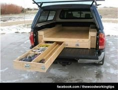 Truck Storage – Sleeping Platform : Pretty clever, innovative space-saving design for pick-up trucks with camper shells. Not sure about the sleeping part, but is a great way to maximize space and keep items from getting tossed around. Auto Camping, Truck Bed Camping, Truck Tent, Camping Hammock, Kayak Camping, Truck Bed Drawers, Truck Bed Storage, Boot Storage, Camper Storage