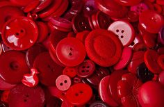 Red buttons--makes me think of Goddess of Glitz's necklaces and bracelets she makes (and she sent ME a set!)!