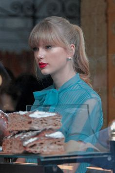 Taylor Swift Songs, Taylor Swift Rot, Taylor Swift Pictures, Taylor Alison Swift, American Singers, Bffs, Selena Gomez, Queens, Lovers