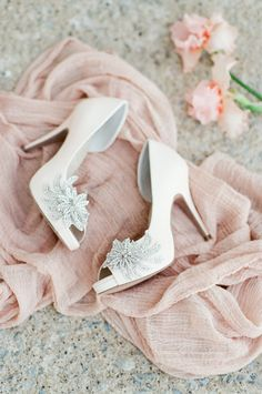 LOVE these bridal shoes! Elegant and stunning.