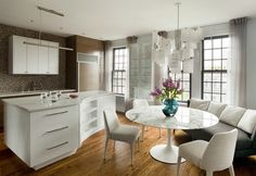 Kitchen Design Idea...Love the round table, but need glass top.