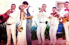 Beat planning stress & serenade your wedding folks with a superb Spanish Mariachi band.