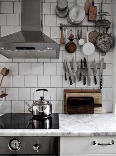 kök: förvaring på höjden.