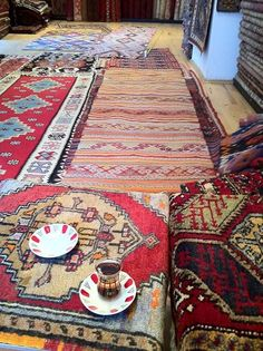 That Time I Bought a Kilim in Istanbul's Grand Market | Apartment Therapy
