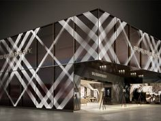 Set to create a stir in the fine jewellery and luxury watches sector from April 25-May 2, BaselWorld-Switzerland will provide a preview platform to a second innings of The Britain by Burberry